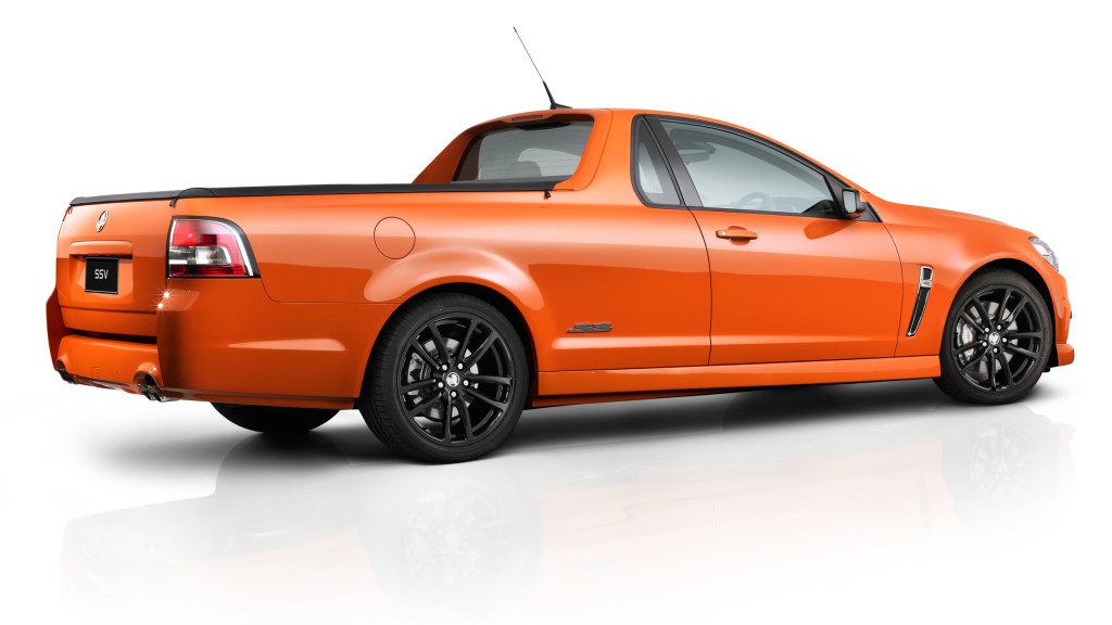 Holden_VF_SSV_ute_rear_-_Simple_Layers